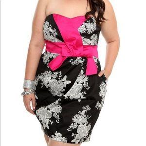 6247bbda9b6 Women s Pink Torrid Strapless Dress on Poshmark